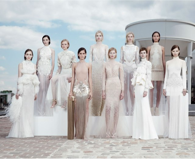 3-givenchy-haute-couture-fall-winter-2011-2012-3