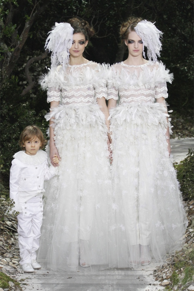 haute-couture-spring-summer-2013-Chanel-1