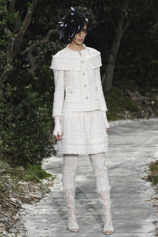 haute-couture-spring-summer-2013-Chanel-2