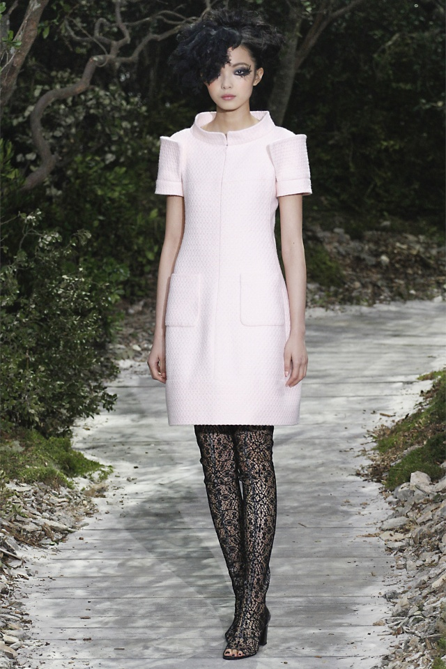 haute-couture-spring-summer-2013-Chanel-3