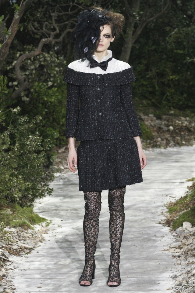 haute-couture-spring-summer-2013-Chanel-4