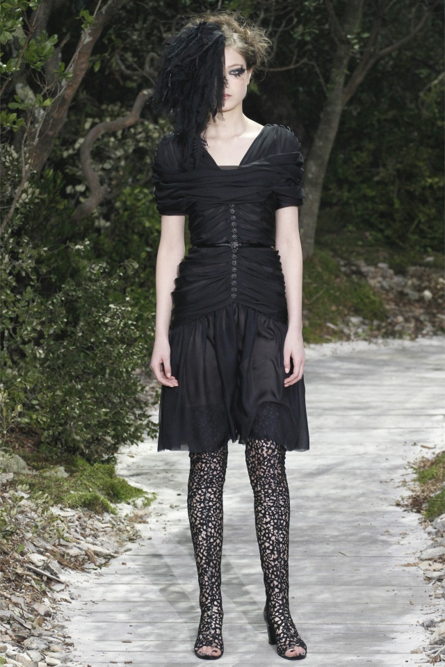 haute-couture-spring-summer-2013-Chanel-5