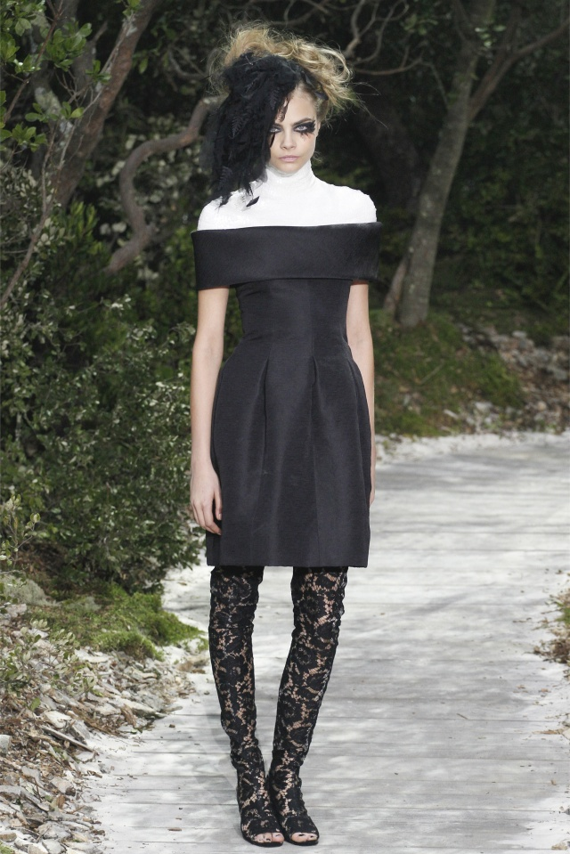 haute-couture-spring-summer-2013-Chanel-6