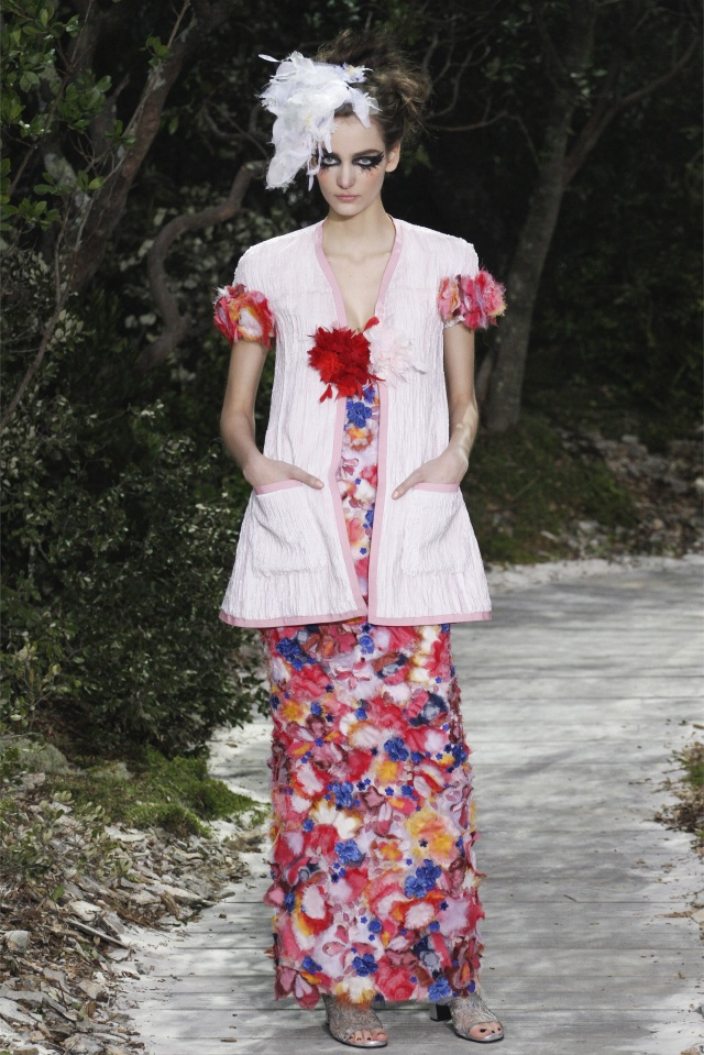 haute-couture-spring-summer-2013-Chanel-8