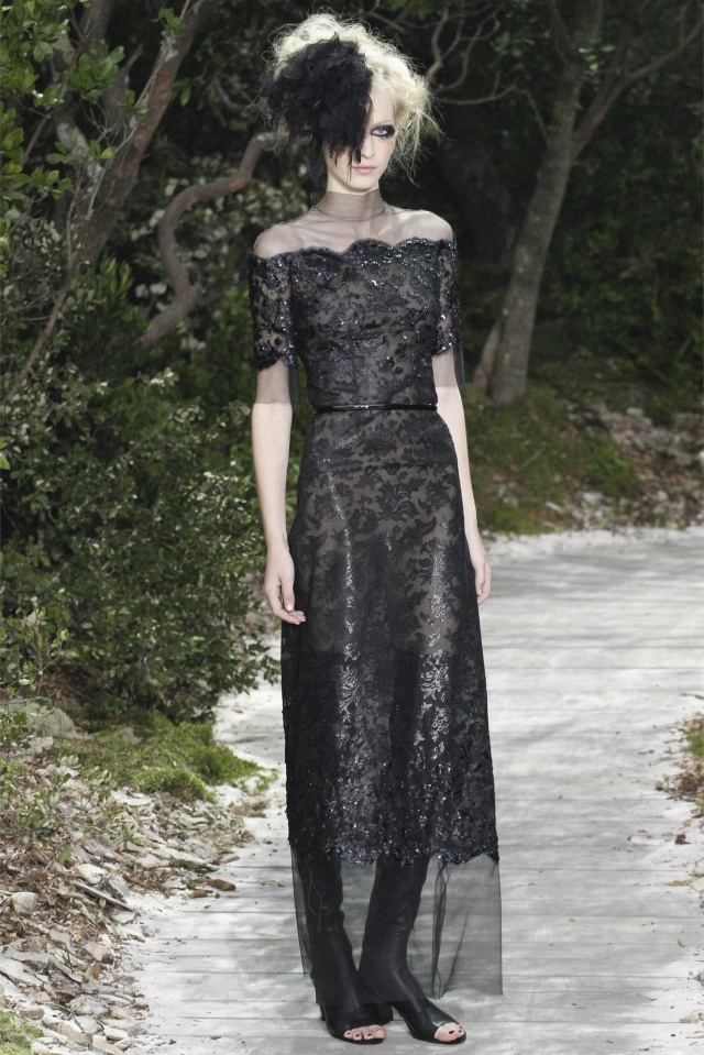 haute-couture-spring-summer-2013-Chanel-9