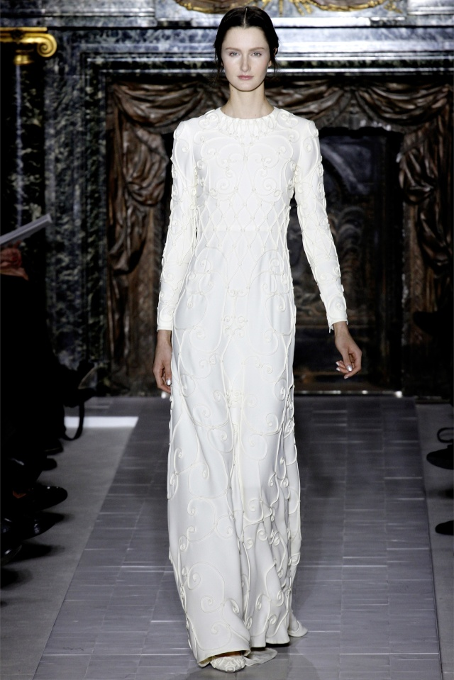 haute-couture-spring-summer-2013-Valentino-2