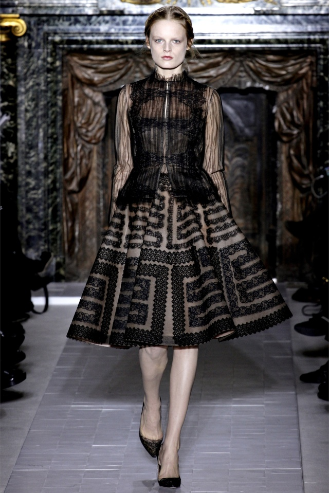 haute-couture-spring-summer-2013-Valentino-6