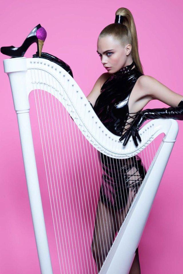 Cara_Delevingne_Melissa_Shoes_Karl_Lagerfeld_Campaign_03