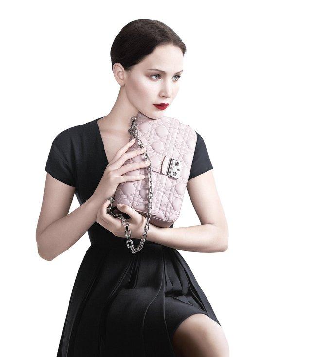 Jennifer-Lawrence-Miss-Dior-2