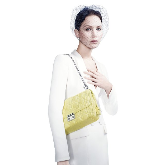 Jennifer-Lawrence-Miss-Dior-