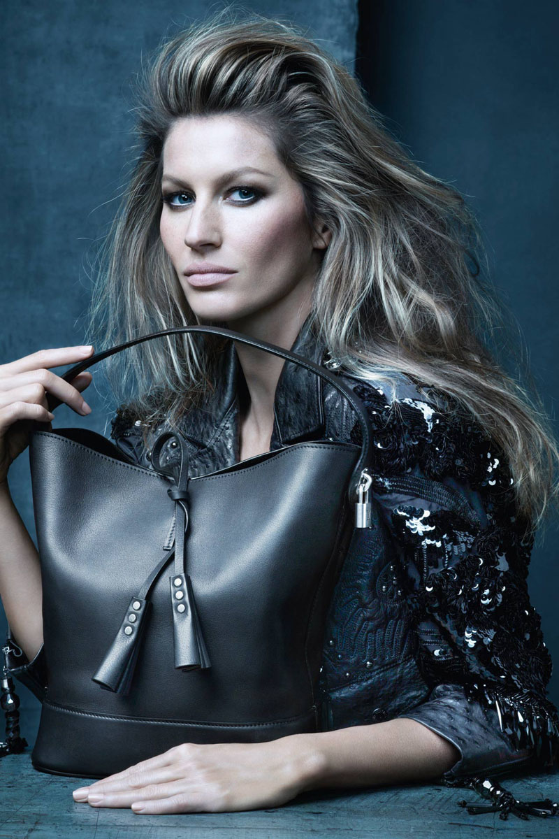 Marc-Jacobs-Final-Louis-Vuitton-Campaign-with-Star-Studded-Icons7