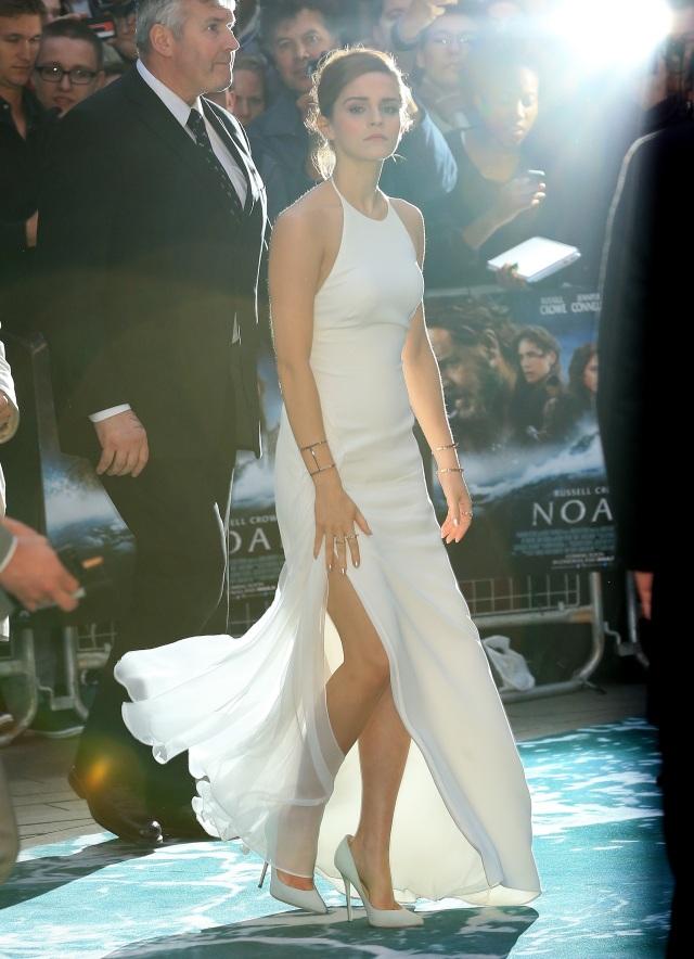 Emma-Watson-Noah-avant-premiere-Londres-ralph-lauren-1