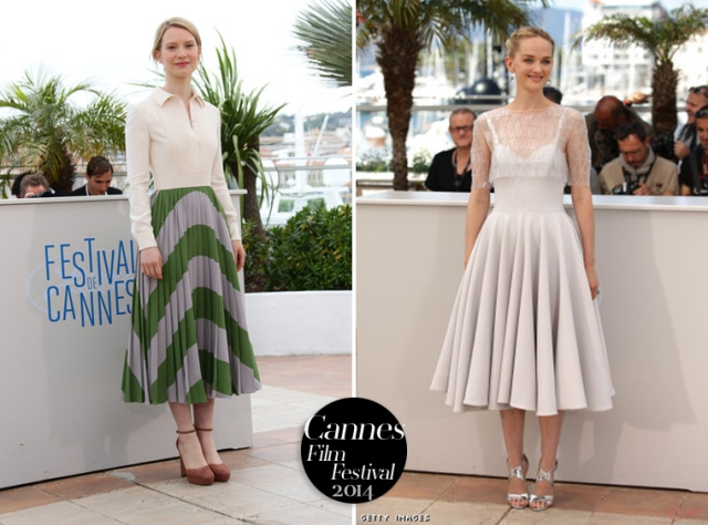 2-Mia-Wasikowska-Jess-Weixller-Cannes-Film-Festival-red-carpet-little-longueur-2014