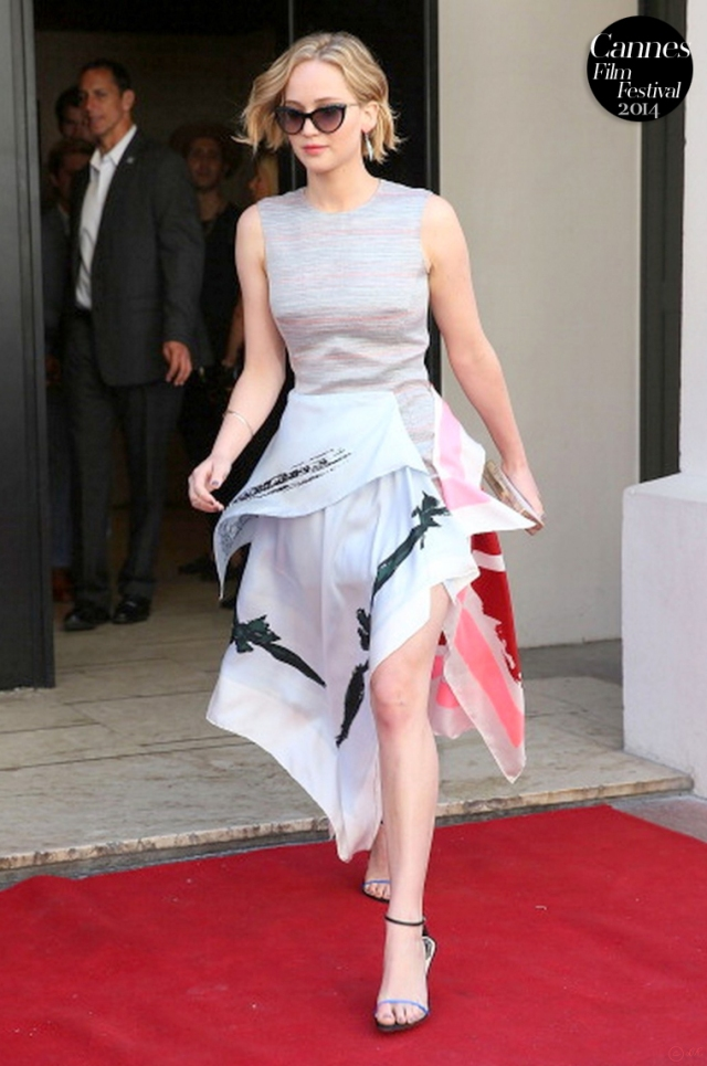 Jennifer-Lawrence-2014-Cannes-Film-Festival-red-carpet-little-Dior-Cruise-Collection-2015
