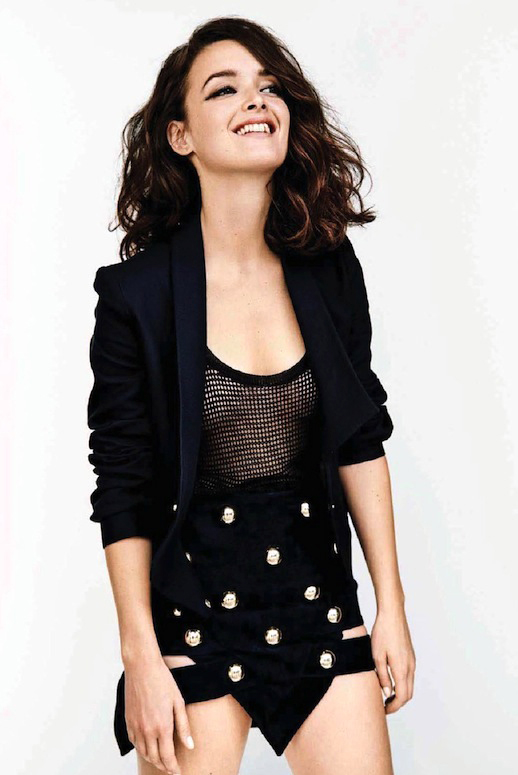Charlotte-Le-Bon-Be-Magazine-Wavy-Bob-Cropped-Blazer-Studded-Anthony-Vaccarello-Skirt