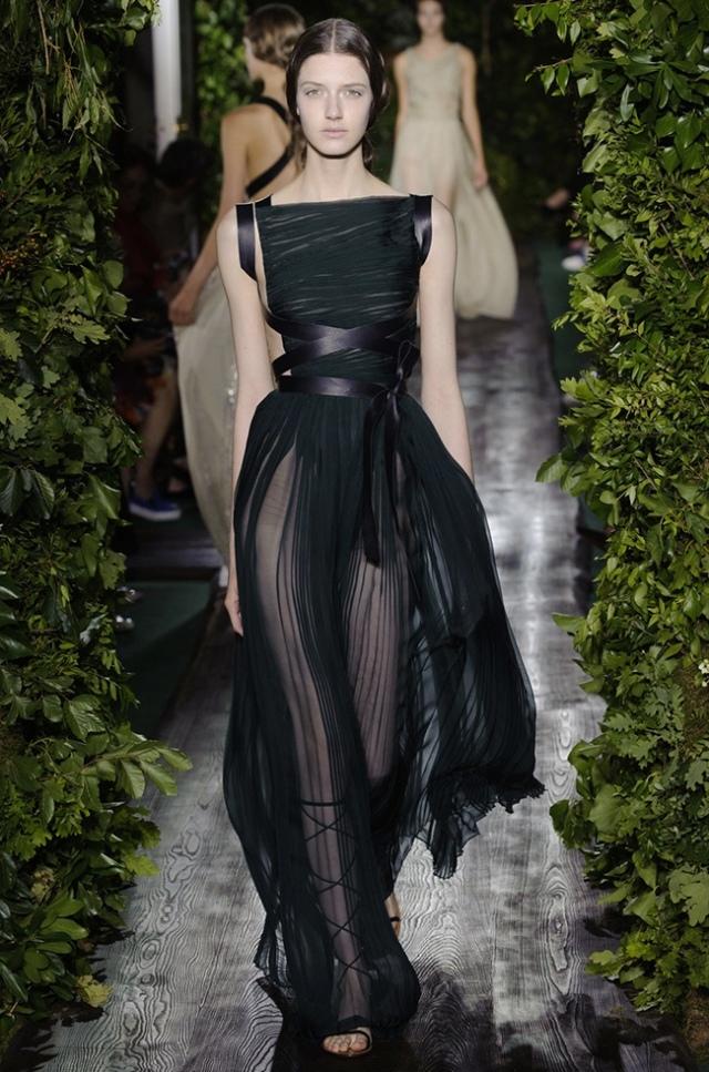 valentino-2014-fall-haute-couture-show53