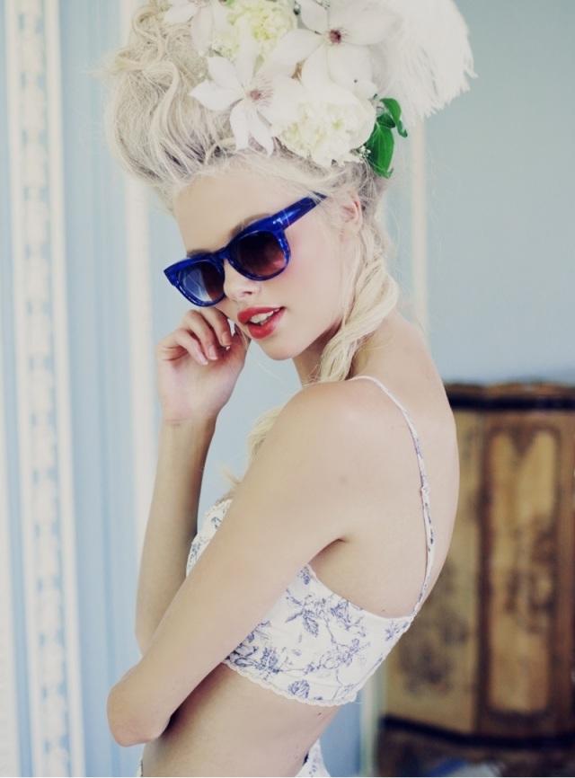 wildfox-marie-antoinette-glasses-fashion-04