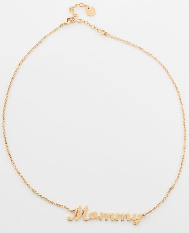 Wanted-le-collier-Mommy-signe-agnes-b