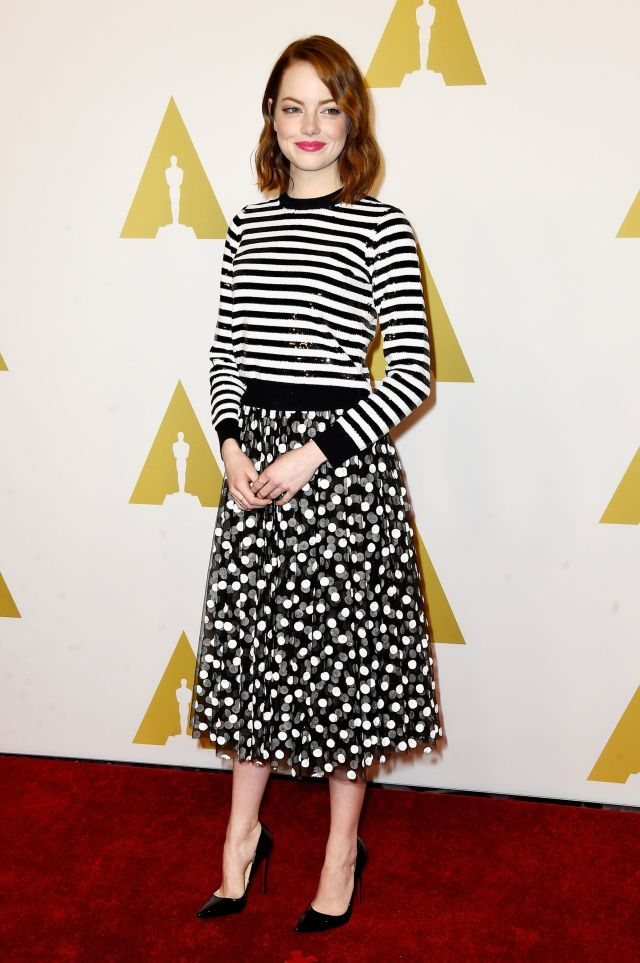 emma-stone-stripes-polka-dots-red-carpet-oscar-monday-2